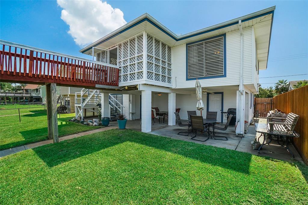 458 Pompano Street Property Photo - Bayou Vista, TX real estate listing