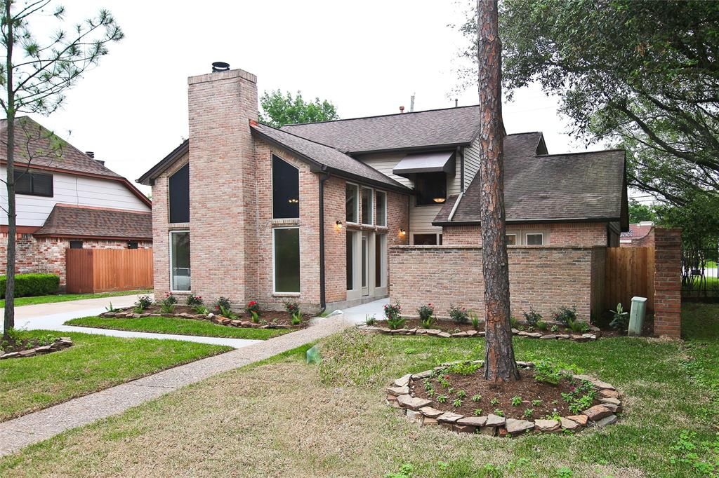 227 Sutton Square Property Photo - Stafford, TX real estate listing