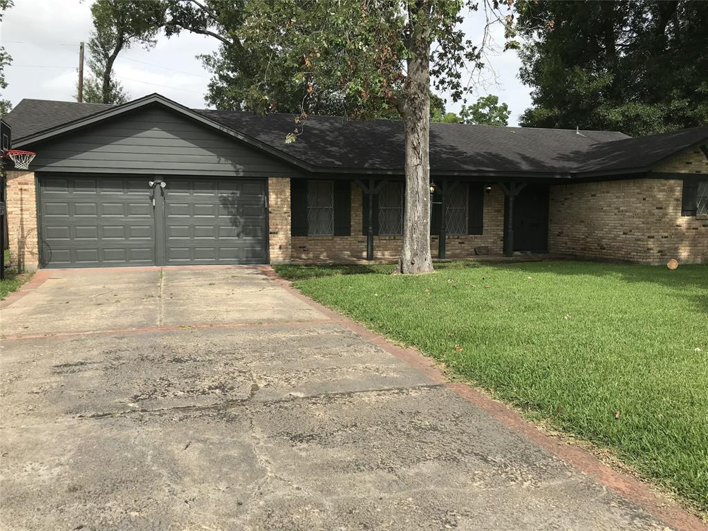 340 Maxwell Drive Property Photo - Beaumont, TX real estate listing