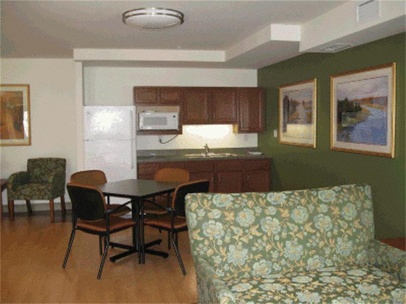 10566 Real Estate Listings Main Image