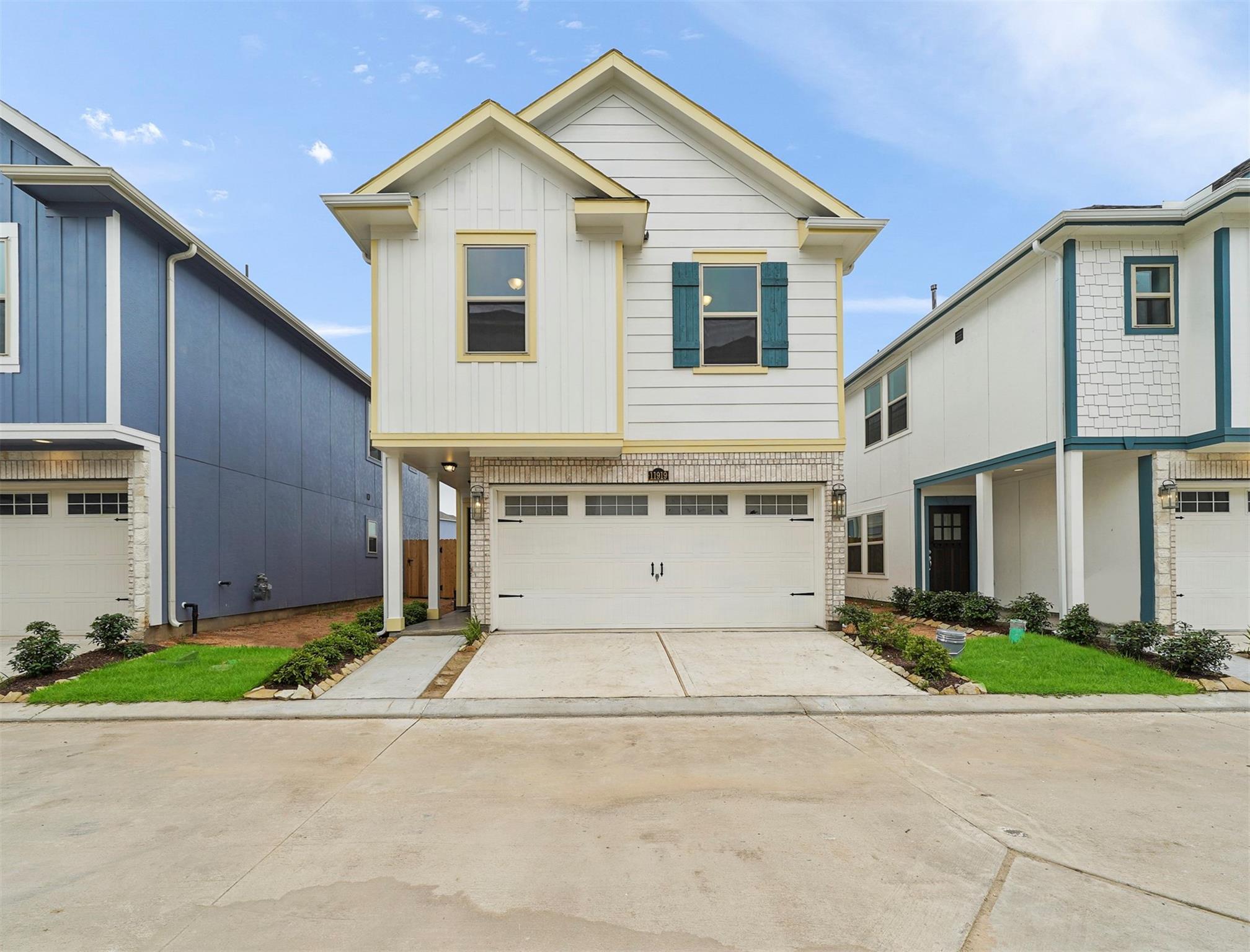11919 Oakmont Valley Trace Property Photo - Houston, TX real estate listing