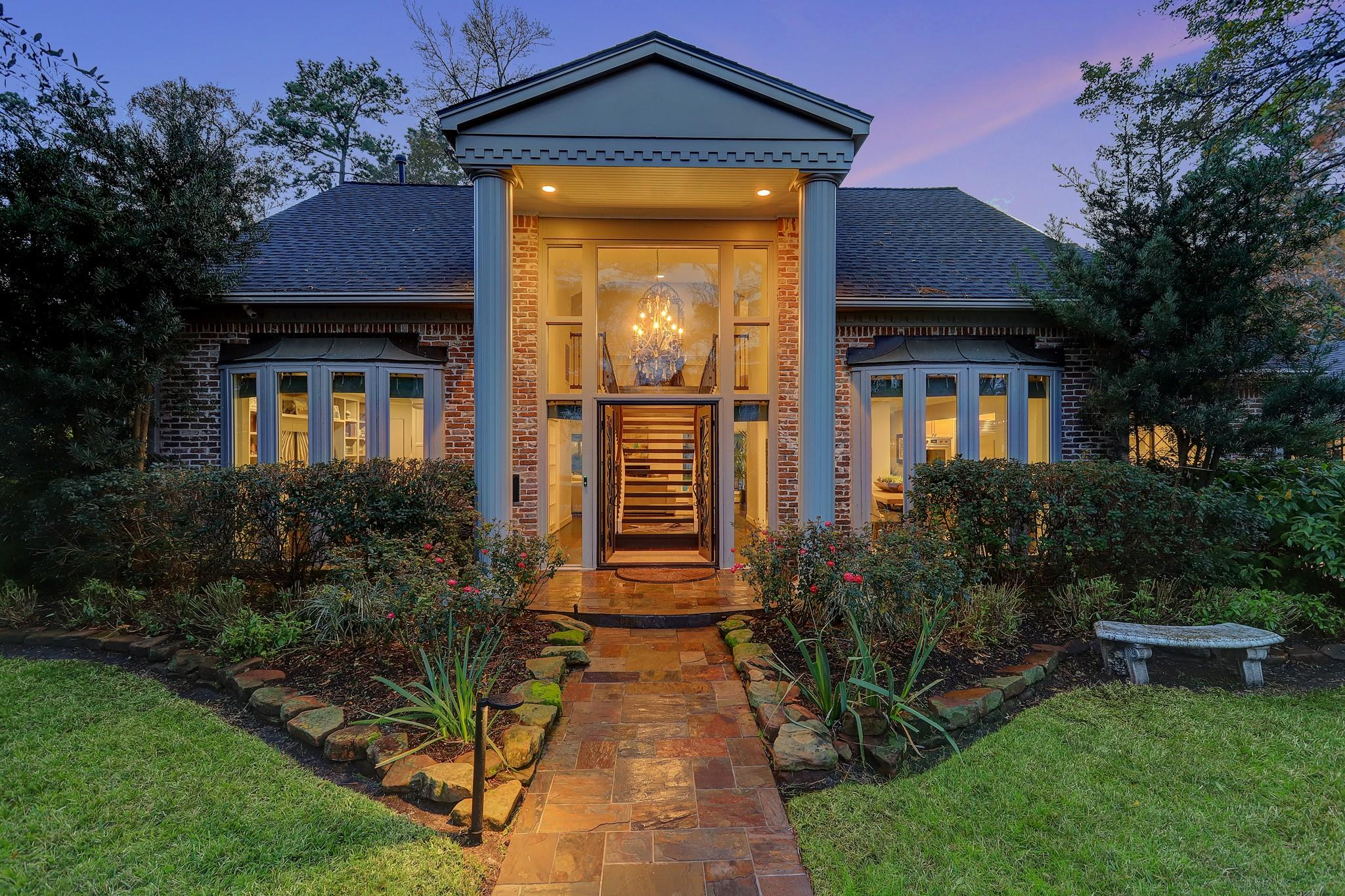 10039 Briar Drive Property Photo - Houston, TX real estate listing