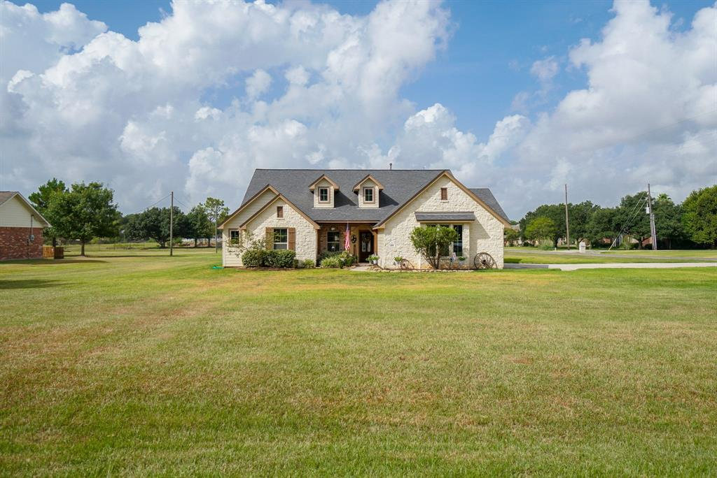 406 Briar Creek Lane, Sealy, TX 77474 - Sealy, TX real estate listing