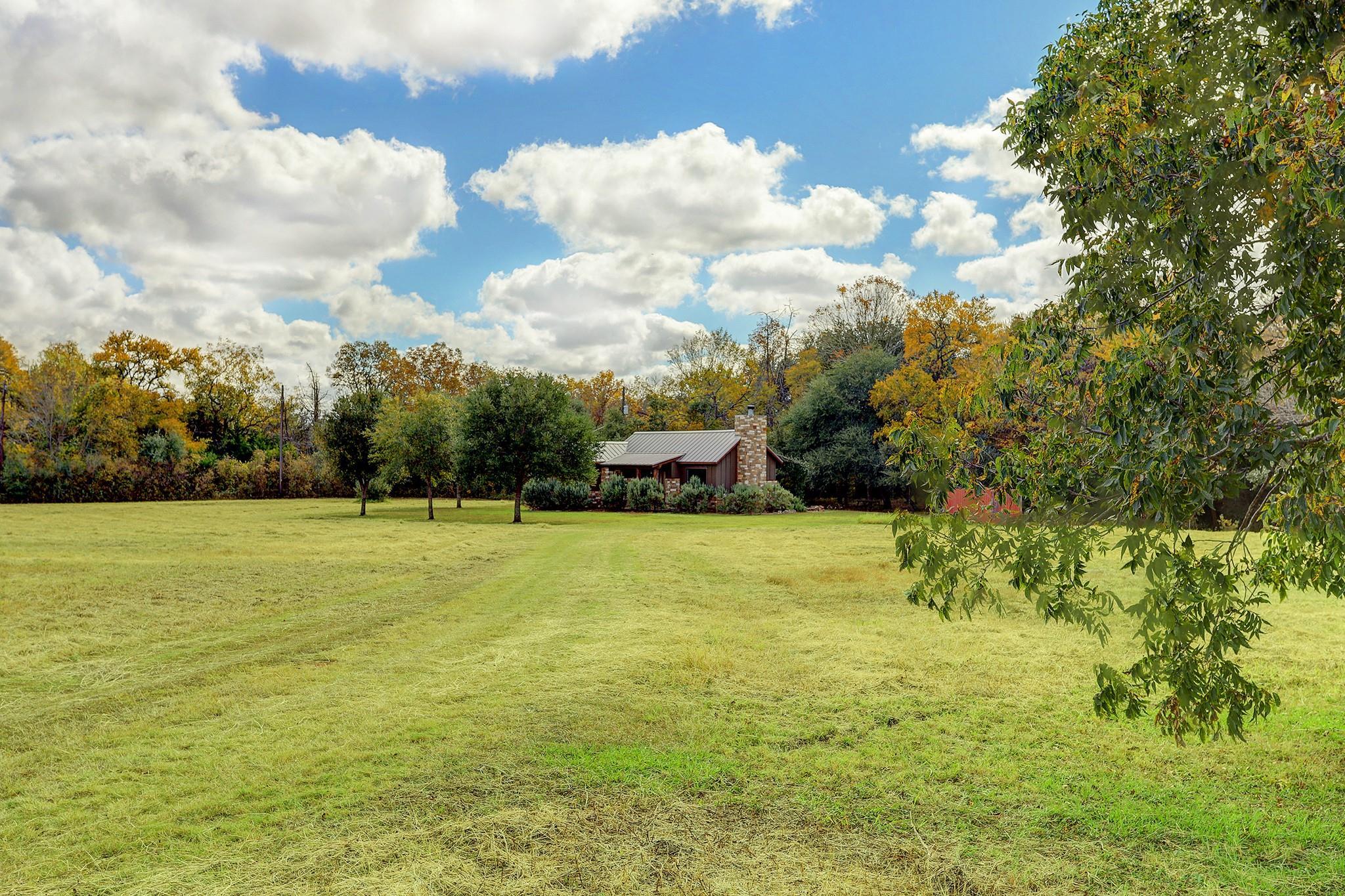 7300 Great Oaks Circle Property Photo