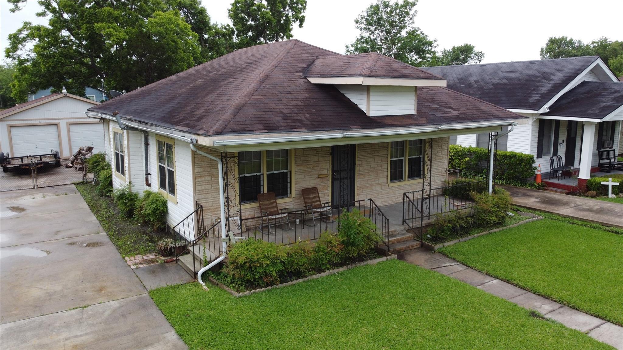 918 14th Street Property Photo