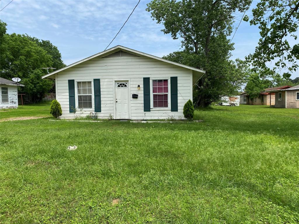 705 Dillard Street, Hearne, TX 77859 - Hearne, TX real estate listing