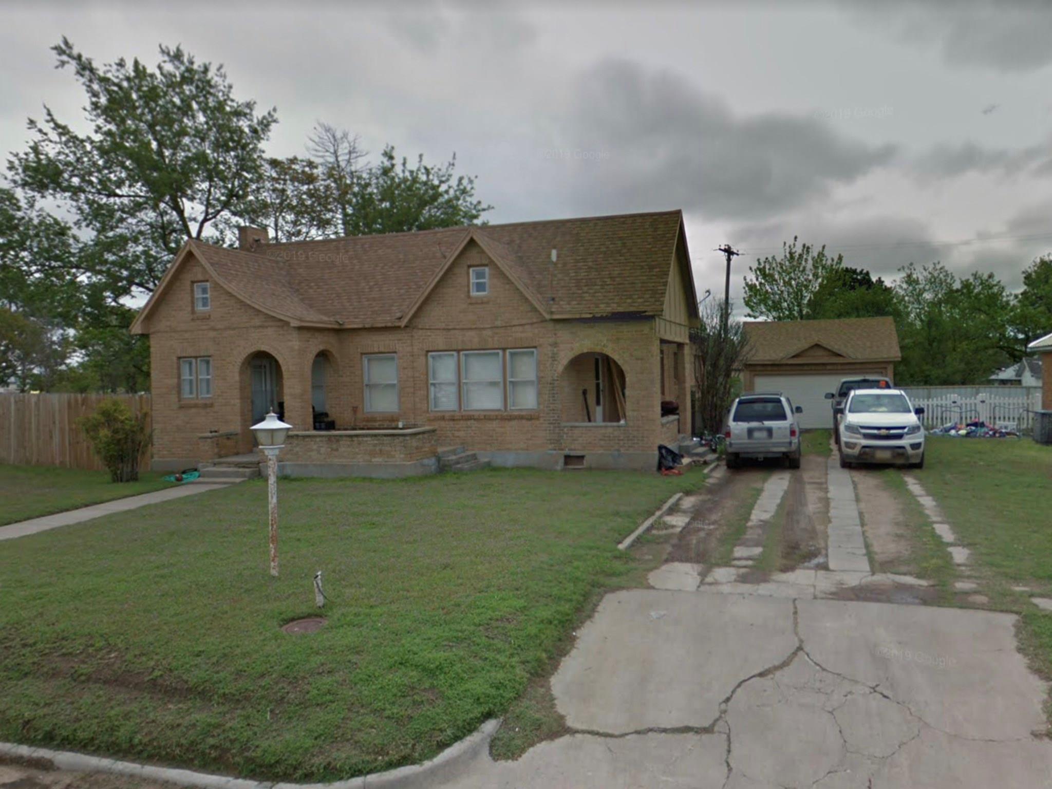 620 Waldron Street Property Photo - McLean, TX real estate listing