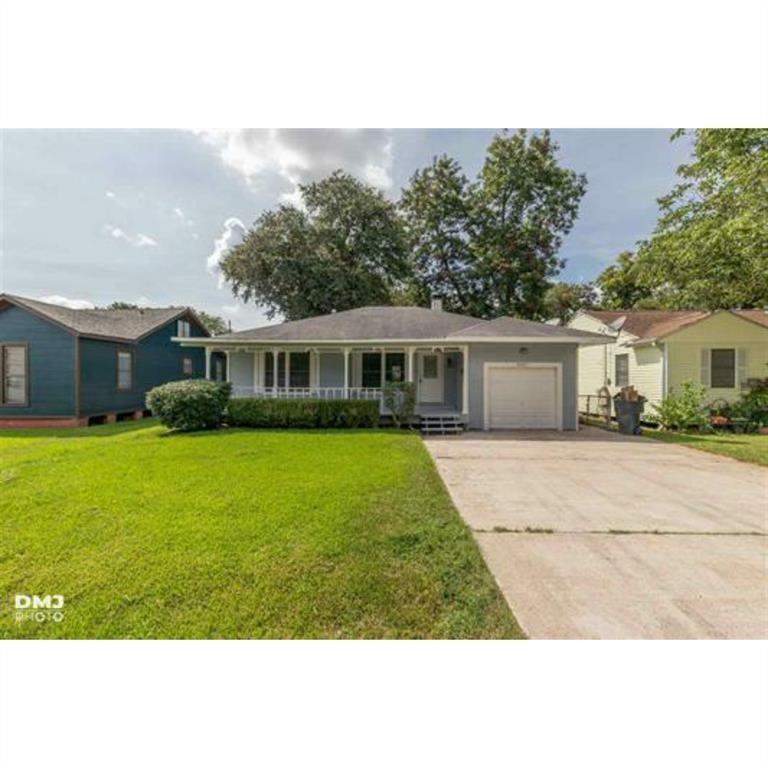 6411 Monroe Property Photo - Groves, TX real estate listing