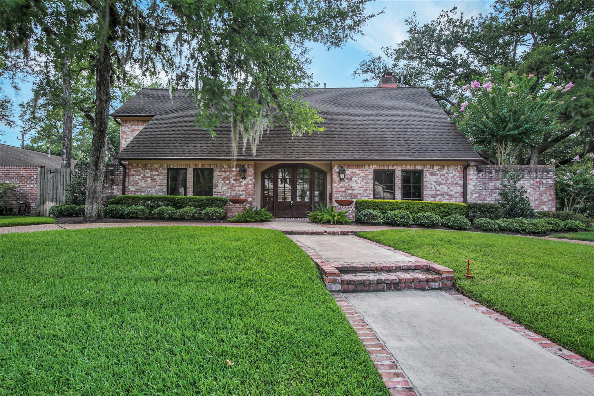 10339 Briar Drive Property Photo - Houston, TX real estate listing