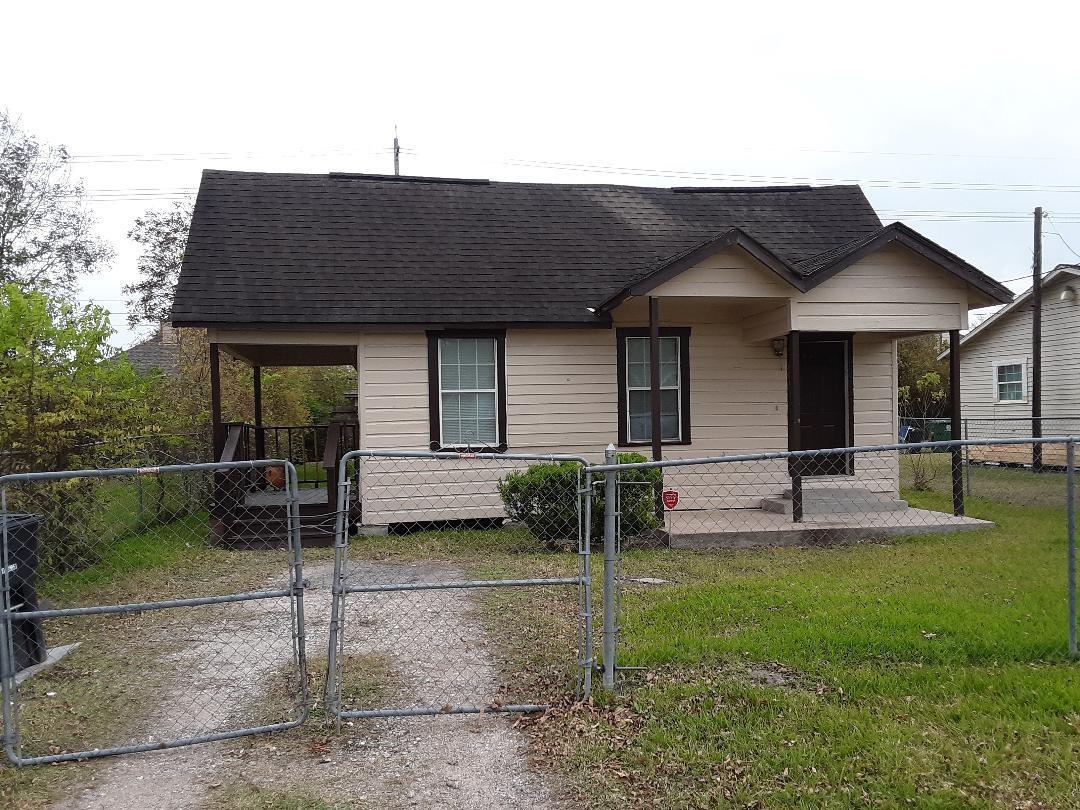8019 Lawler Street Property Photo