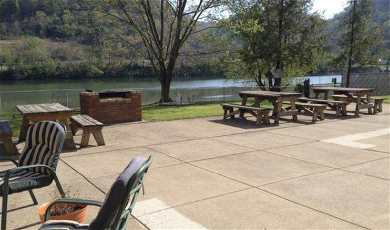 60 4th Avenue Property Photo - Montgomery, WV real estate listing