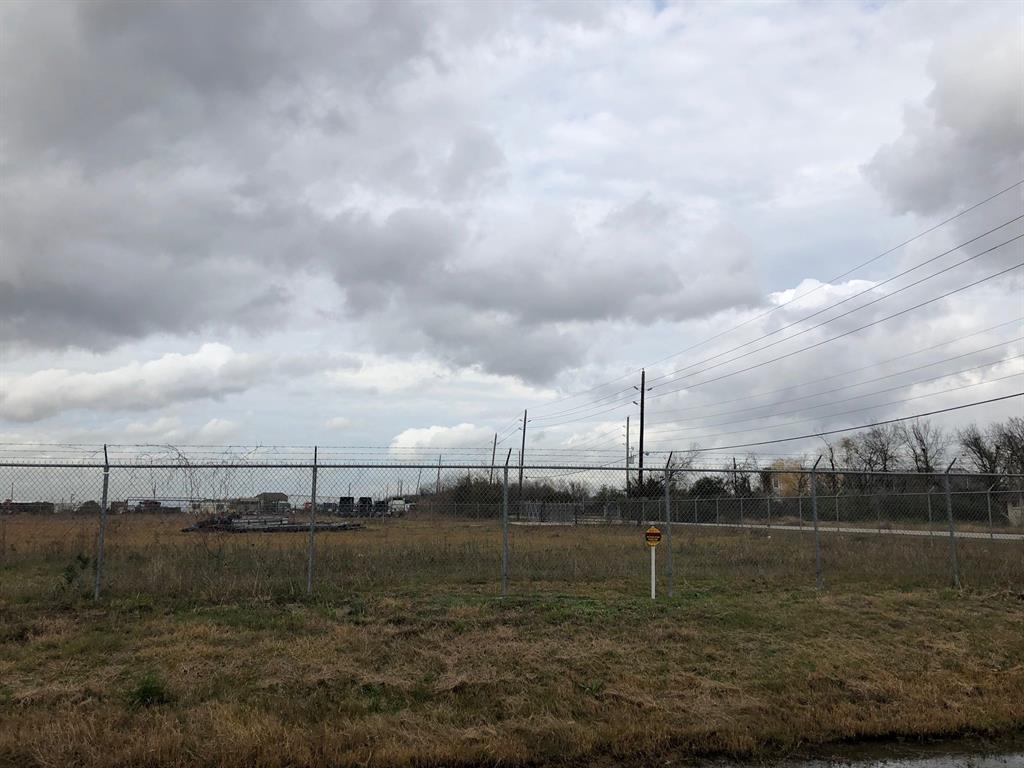 6515 Miller 2 Road Property Photo - Houston, TX real estate listing