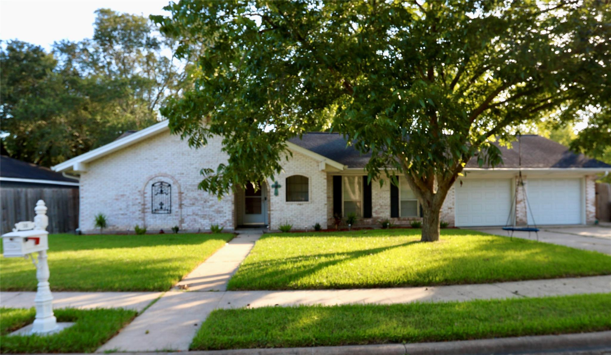 306 Hampshire Street Property Photo - Victoria, TX real estate listing