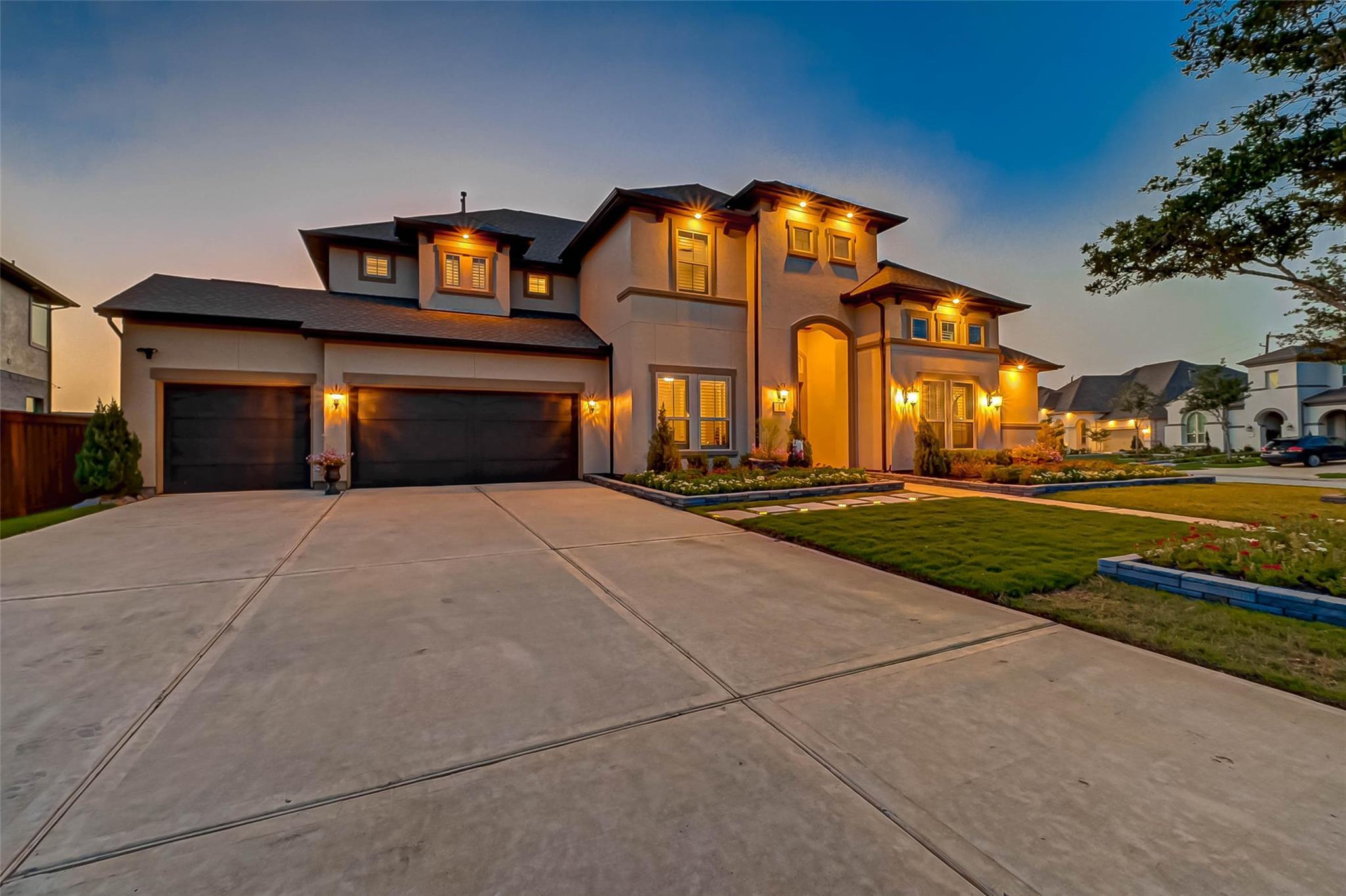 11802 Cardow Drive Property Photo 1