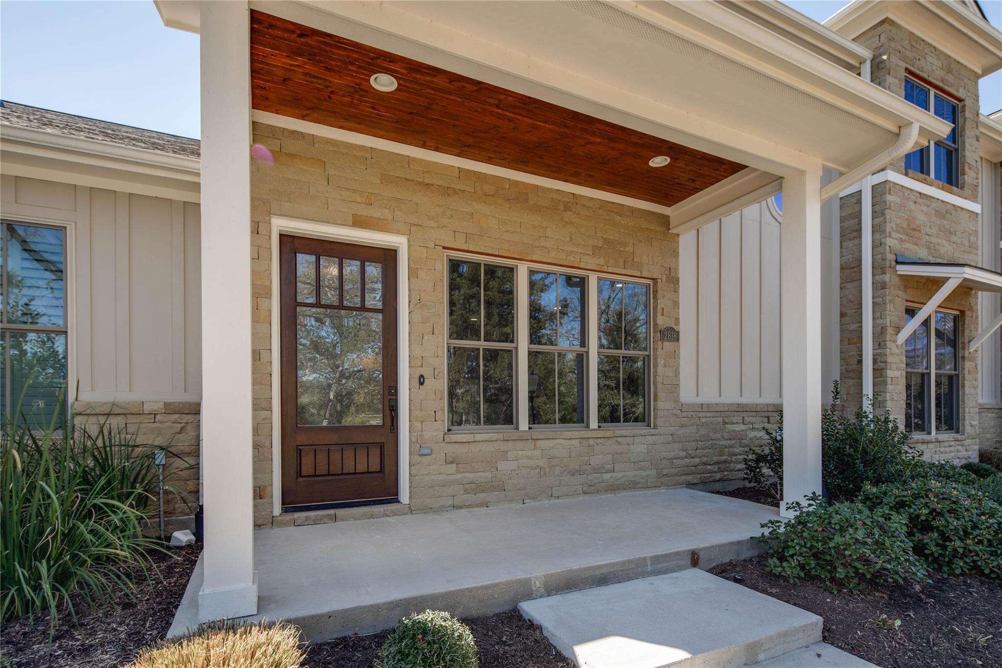 2818 Maroon Court Property Photo - Bryan, TX real estate listing