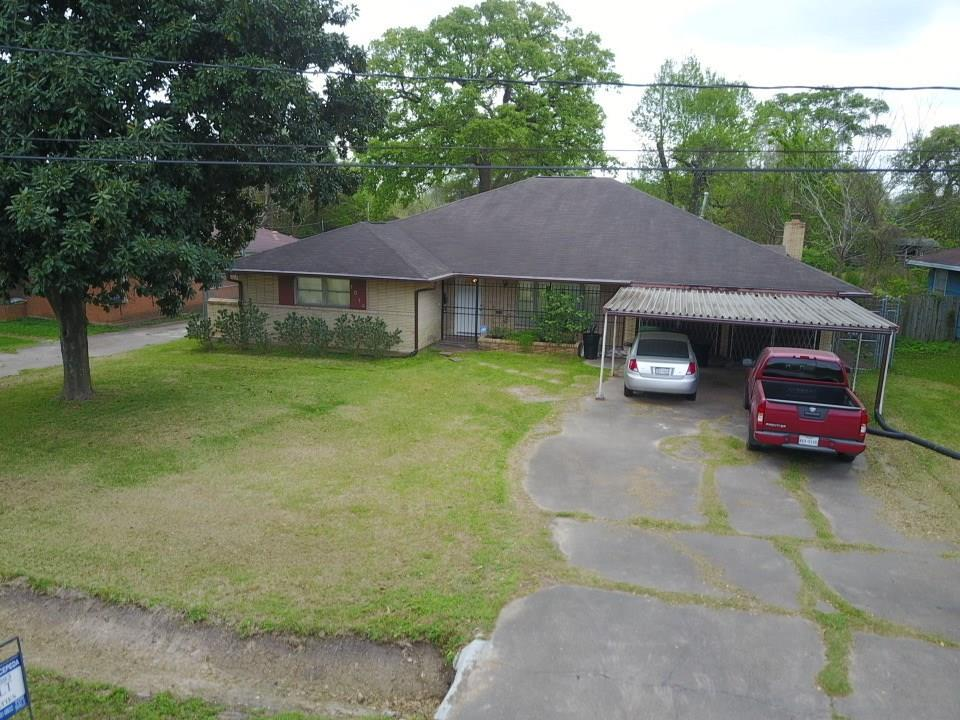 1014 Westmont Drive Property Photo - Houston, TX real estate listing