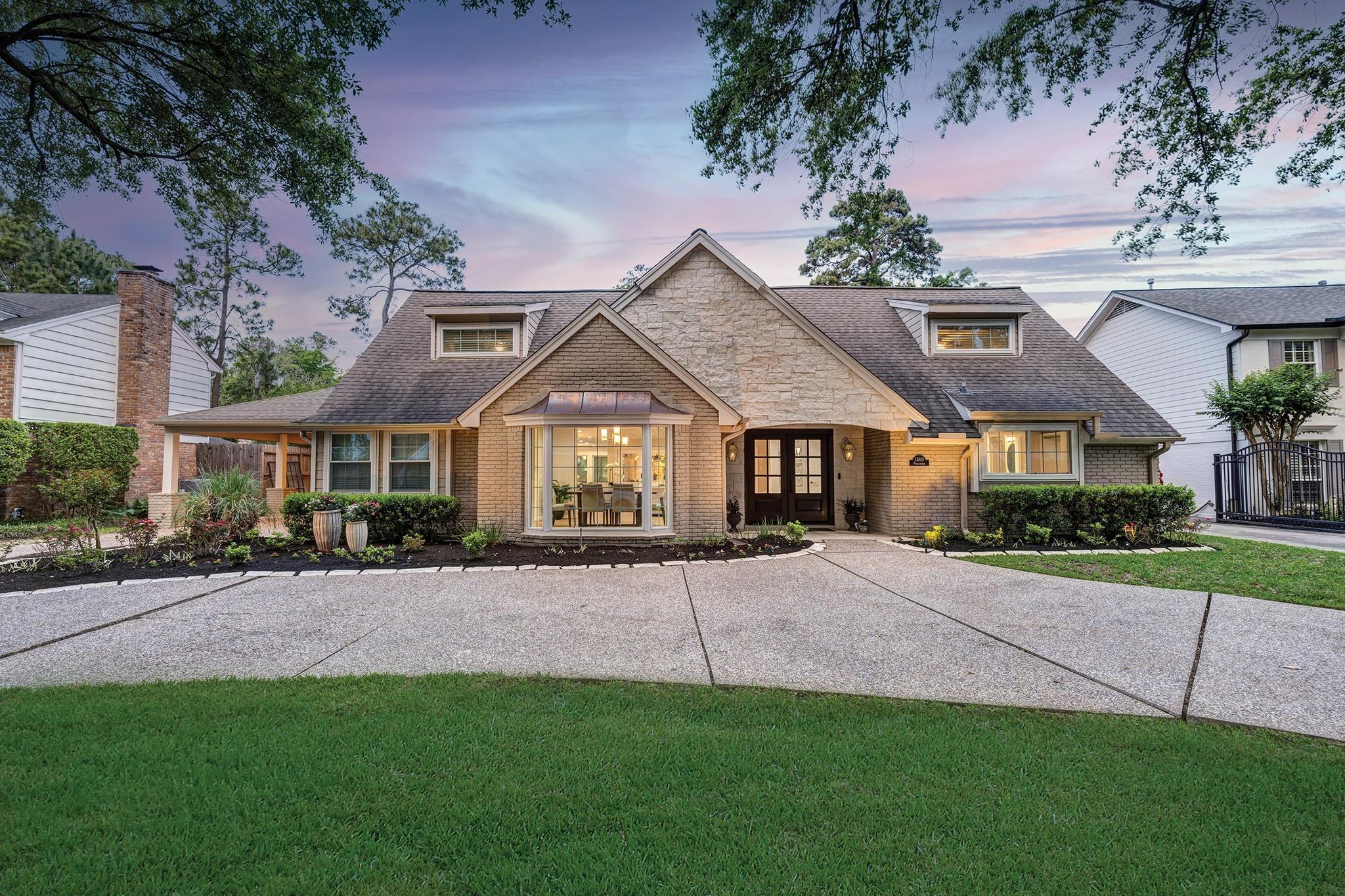 13810 Pebblebrook Drive Property Photo