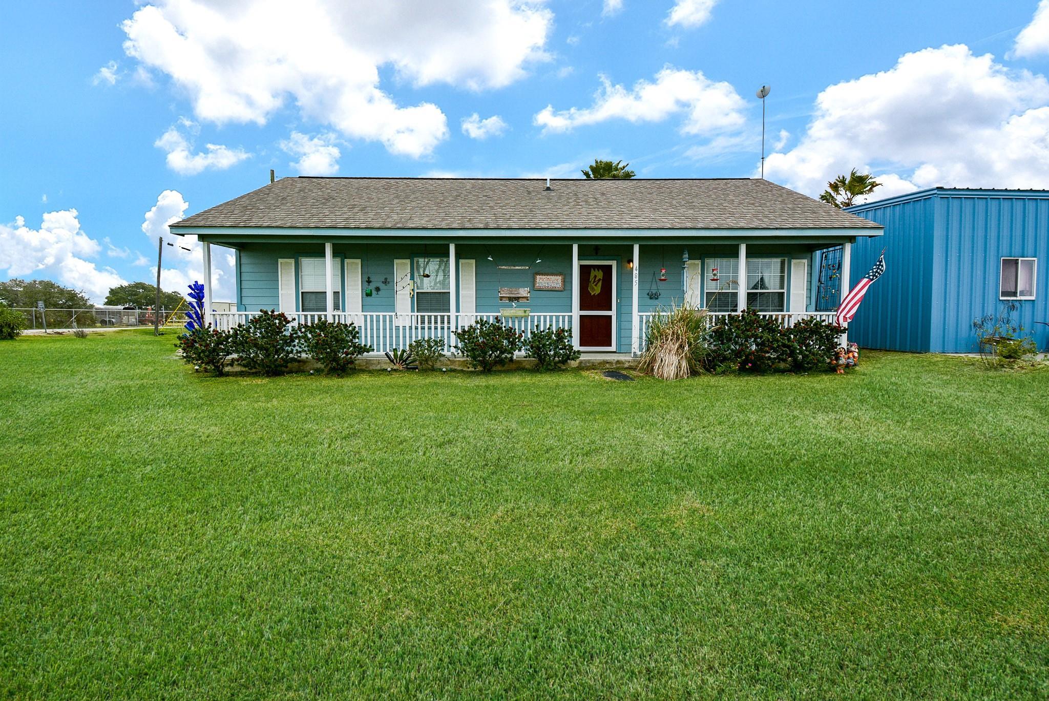 485 W Bayshore Drive Property Photo - Palacios, TX real estate listing