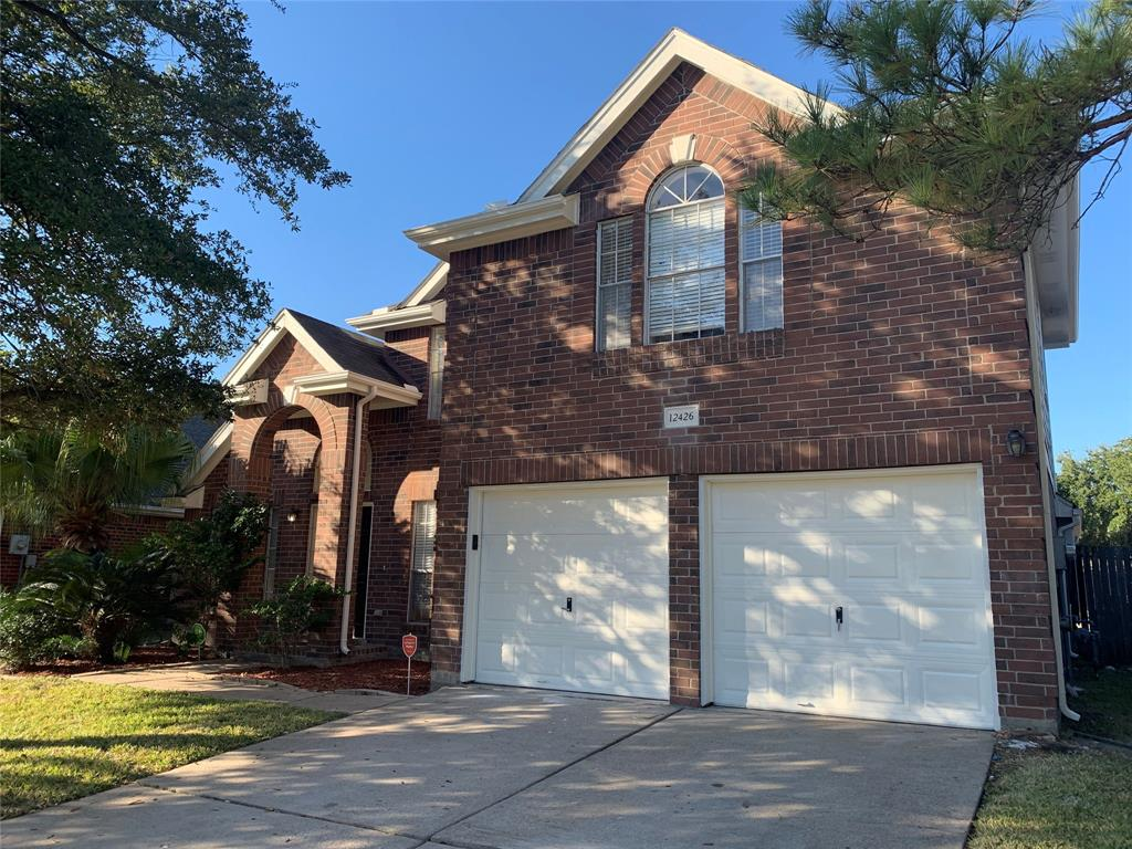 12426 Meadowglen Drive, Meadows Place, TX 77477 - Meadows Place, TX real estate listing
