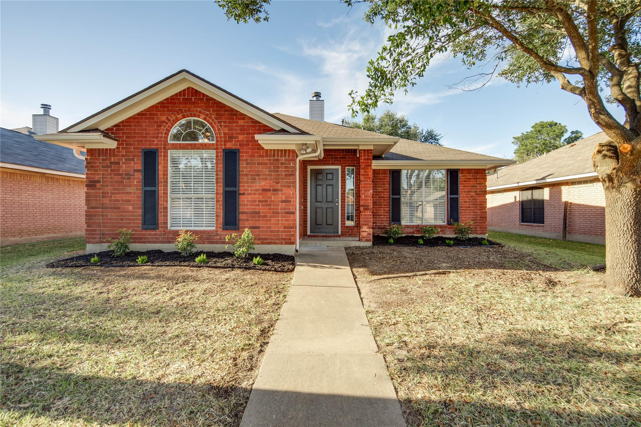 805 Azalea Court Property Photo - College Station, TX real estate listing