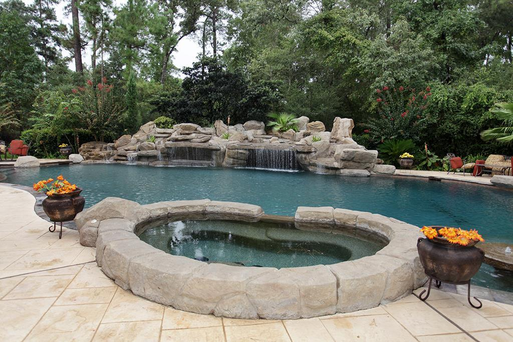 23 Villeroy Way Property Photo - The Woodlands, TX real estate listing