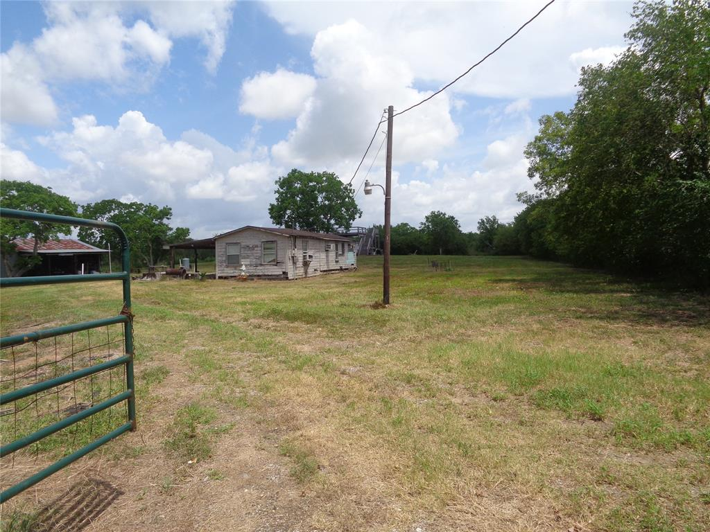 7522 S F Austin, Jones Creek, TX 77541 - Jones Creek, TX real estate listing