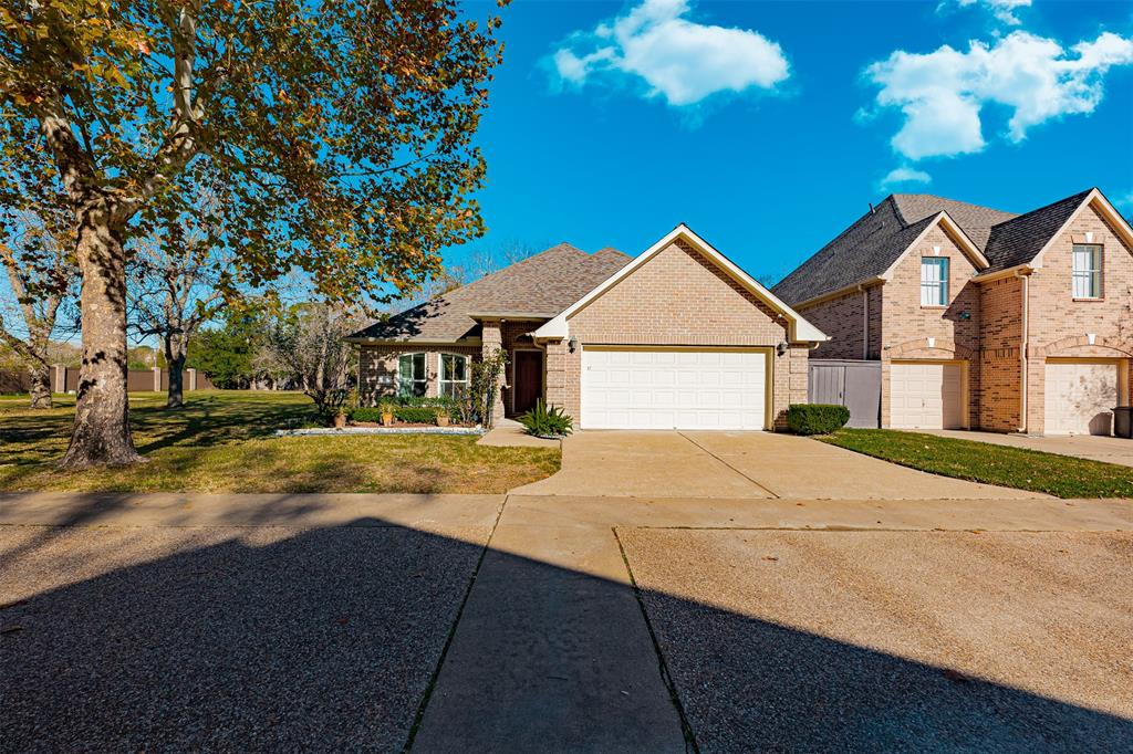 7622 Brae Acres Court Property Photo - Houston, TX real estate listing