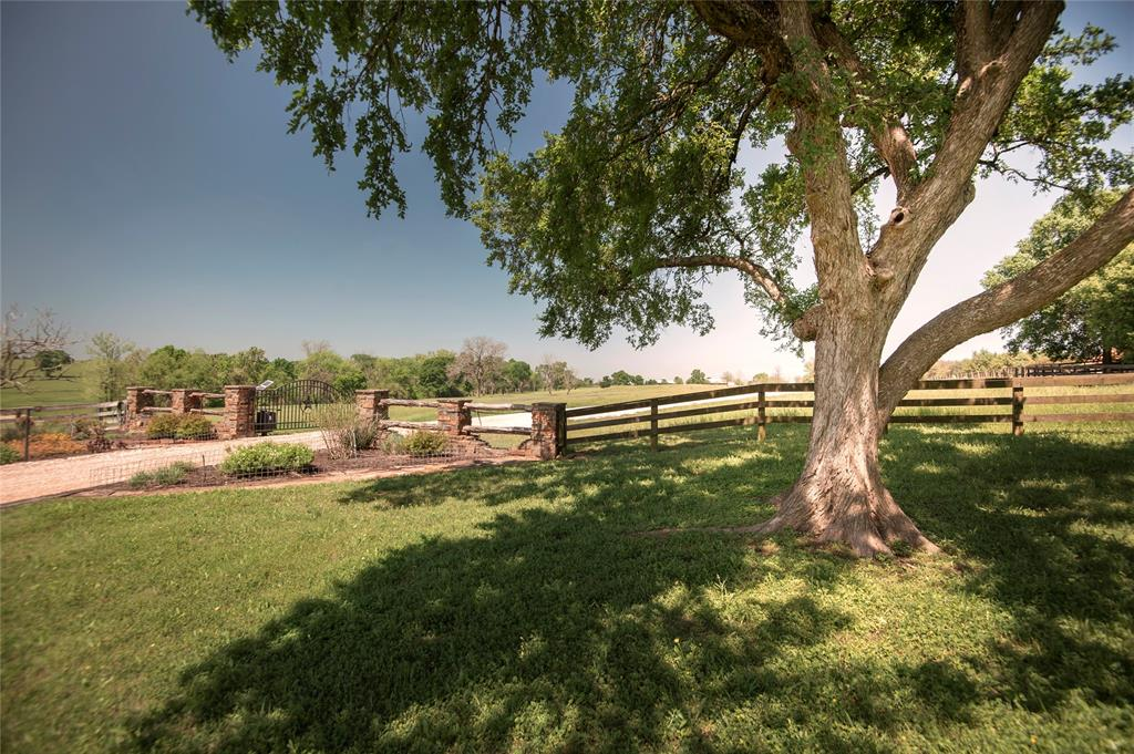 4005 Running River Lane Property Photo - Washington, TX real estate listing