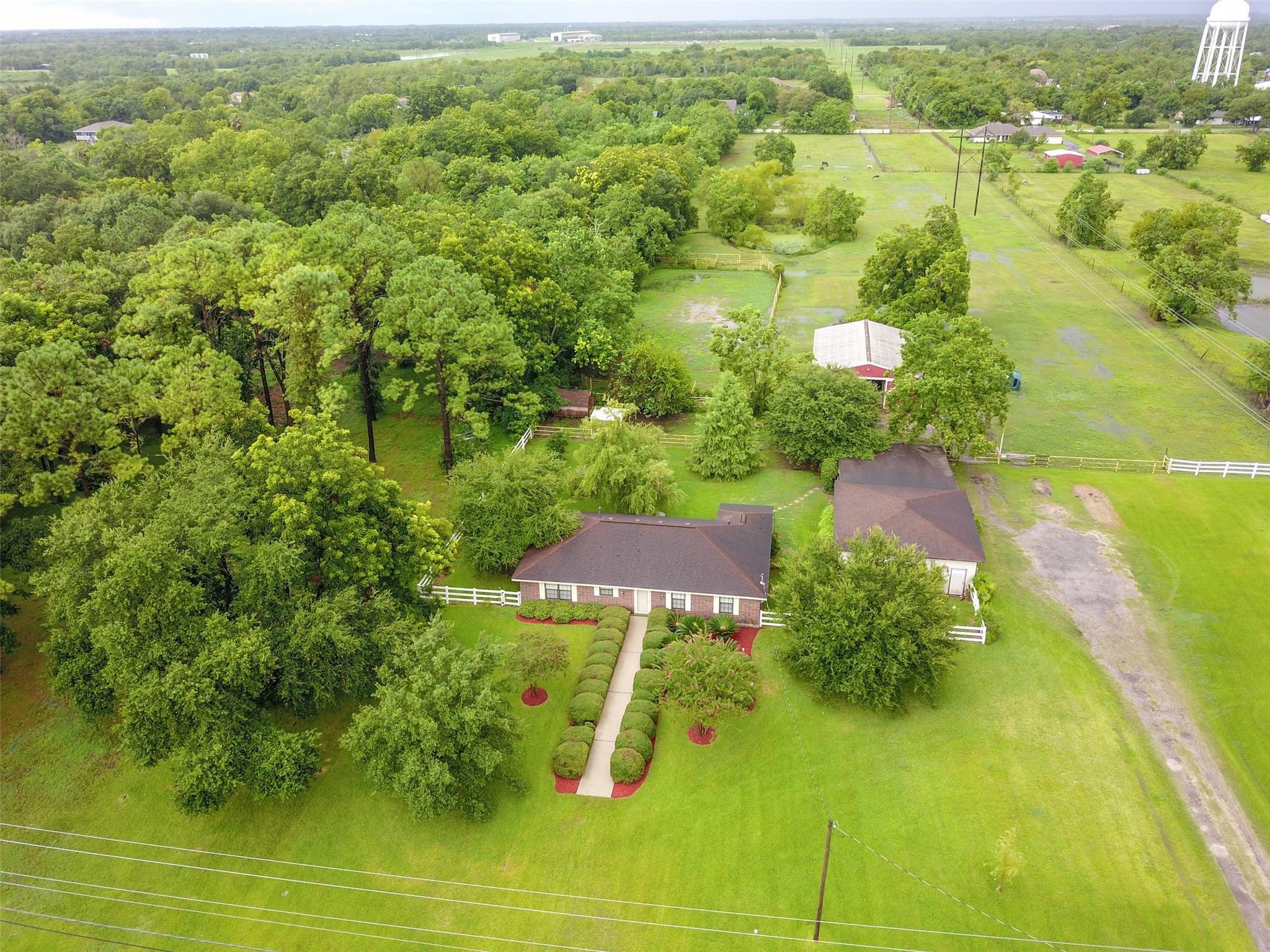 714 Newman Road Property Photo - La Marque, TX real estate listing