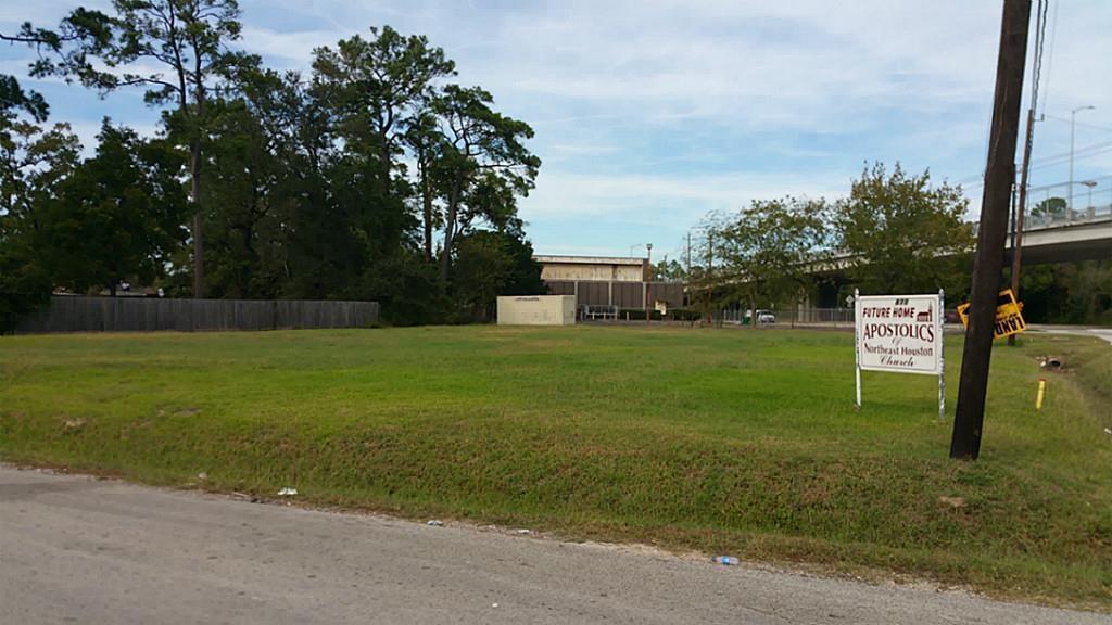 Apostolic Northeast Houston Church Real Estate Listings Main Image