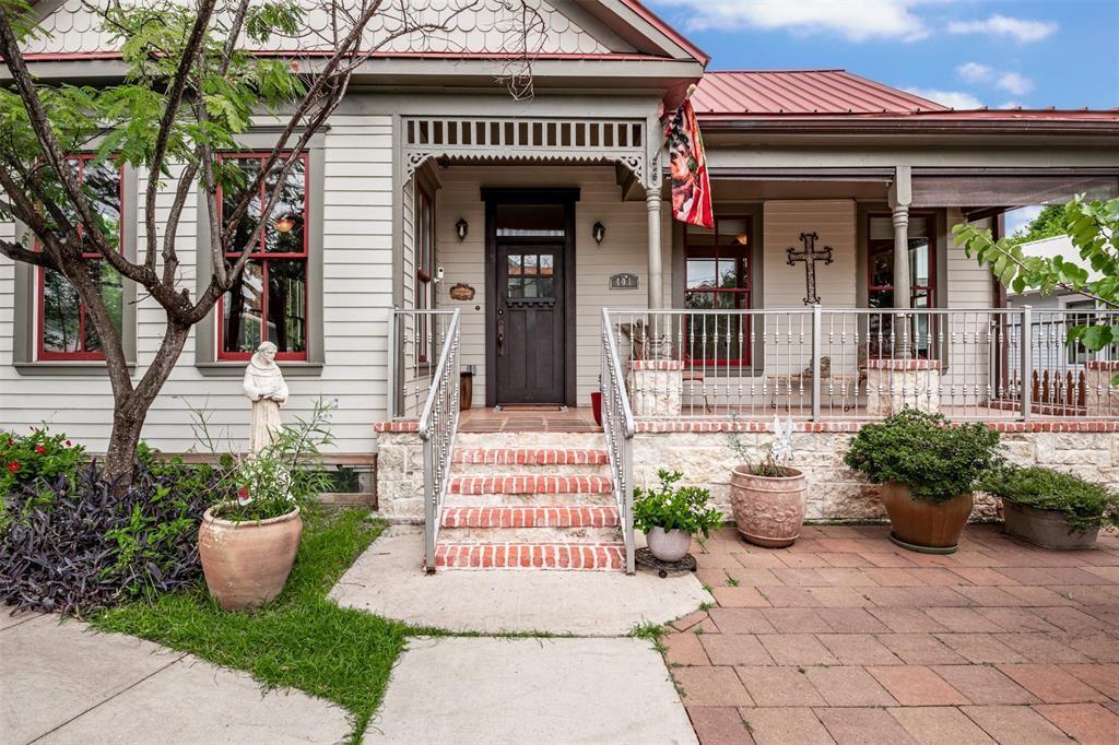 401 James Street Property Photo