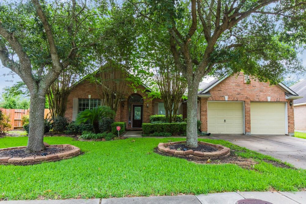 12022 Pine Brook Drive Property Photo - Stafford, TX real estate listing