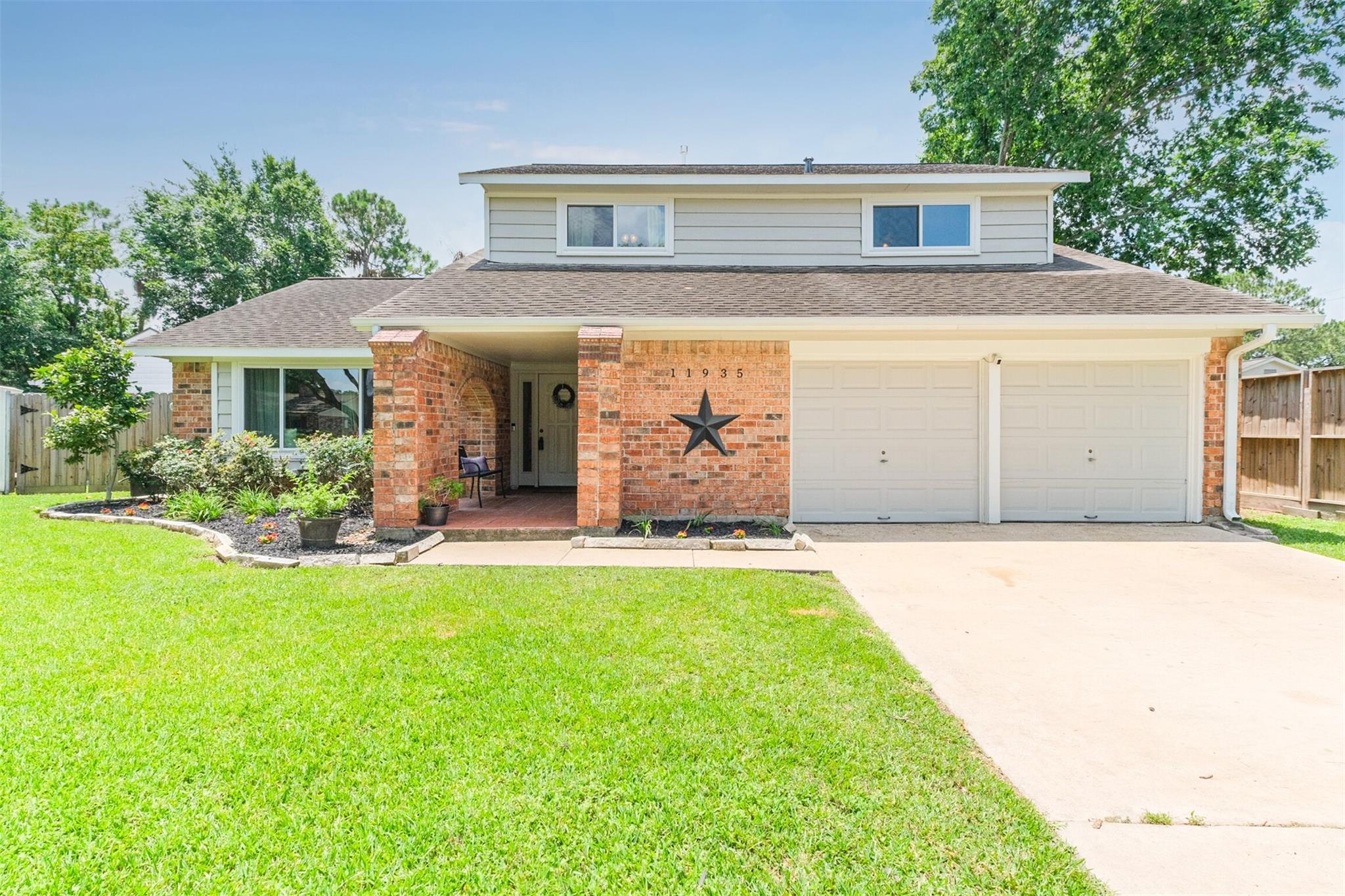 11935 Scottsdale Drive Property Photo