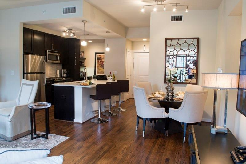 2900 W Dallas Street #440 Property Photo - Houston, TX real estate listing