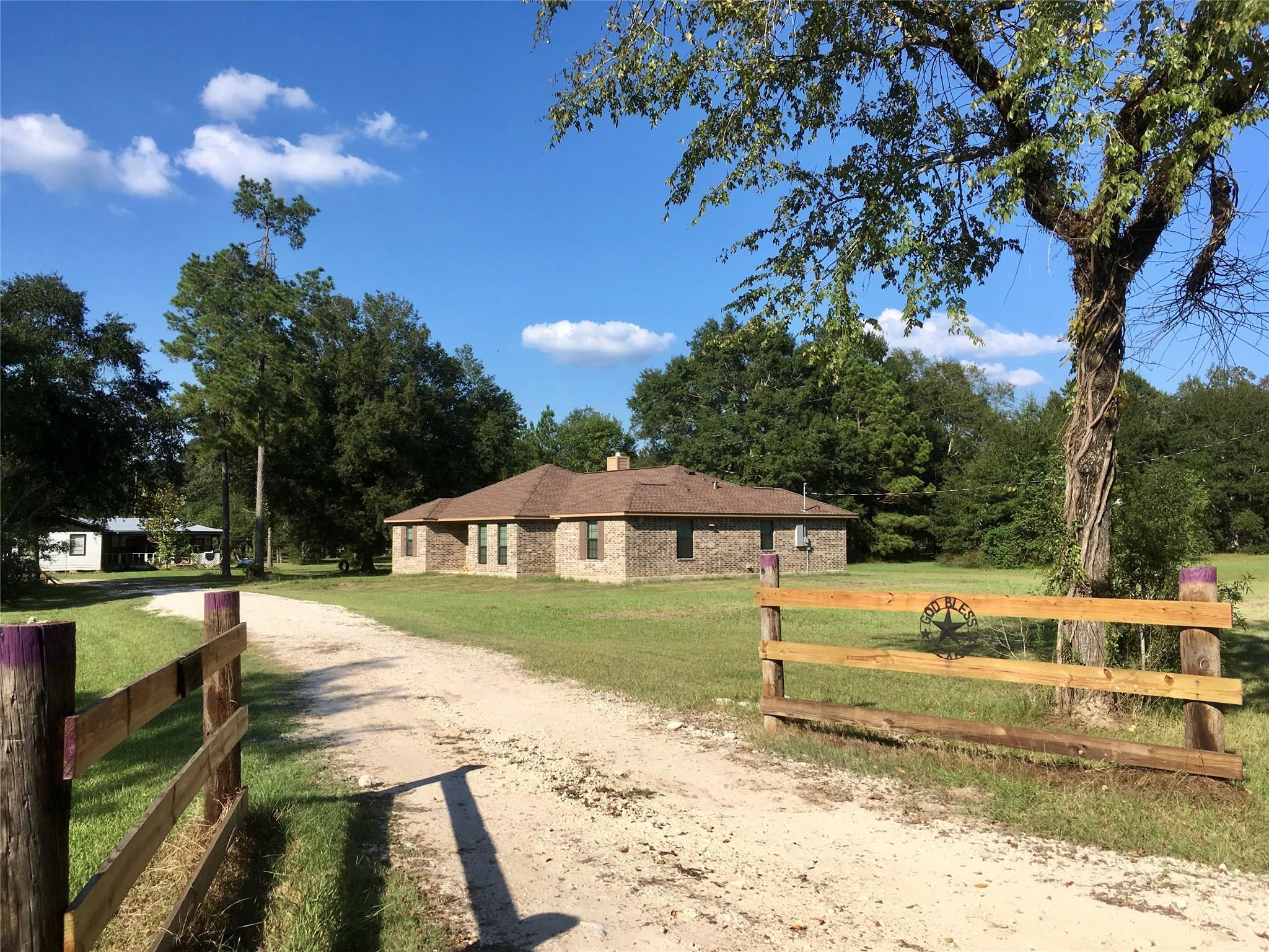 1860 County Road 347 N Property Photo - Cleveland, TX real estate listing