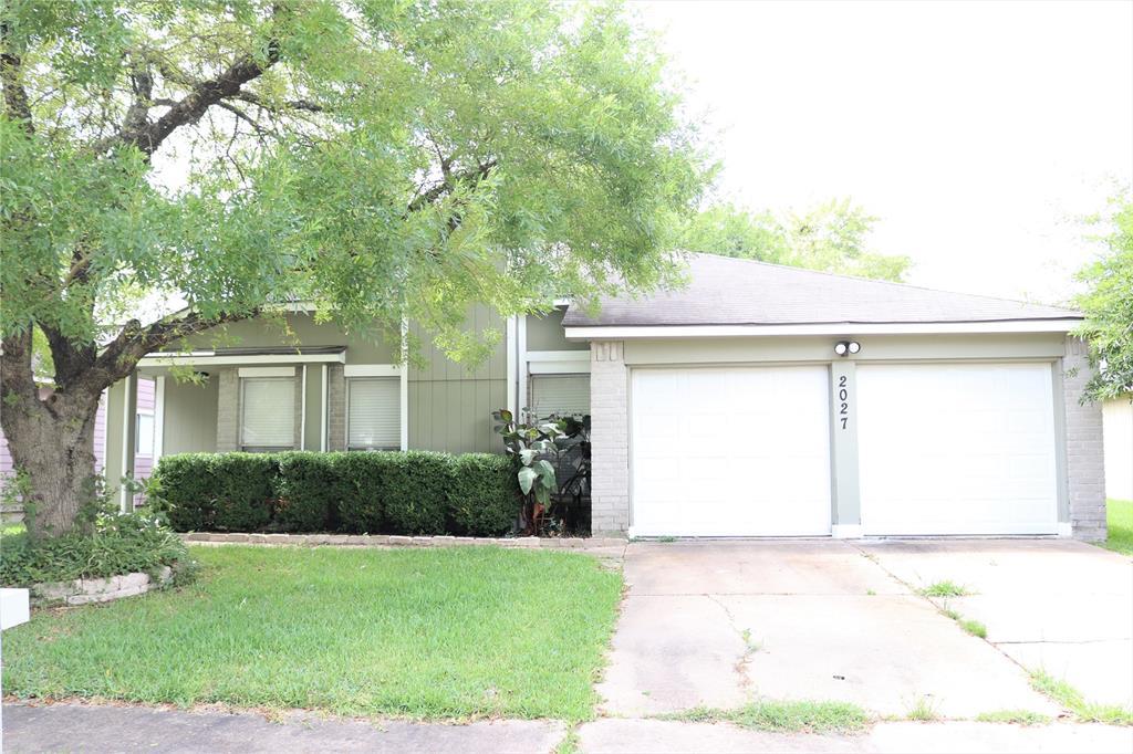 2027 Wheathall Camp Lane Property Photo - Katy, TX real estate listing