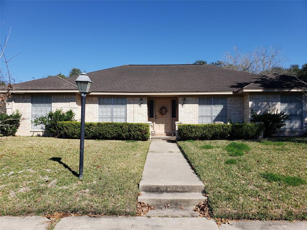 110 Oxford Street, Victoria, TX 77904 - Victoria, TX real estate listing