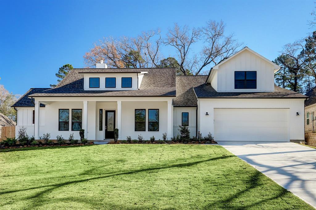 304 Treaty Oak Court Property Photo - Magnolia, TX real estate listing