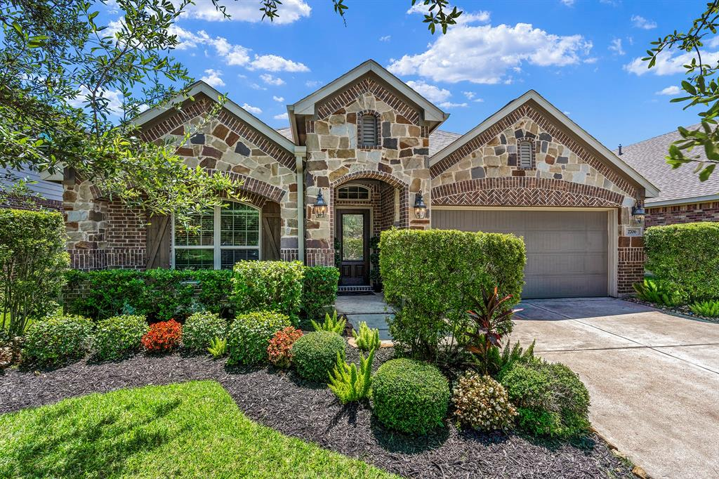 2706 Teal Sky Court Property Photo - Pearland, TX real estate listing