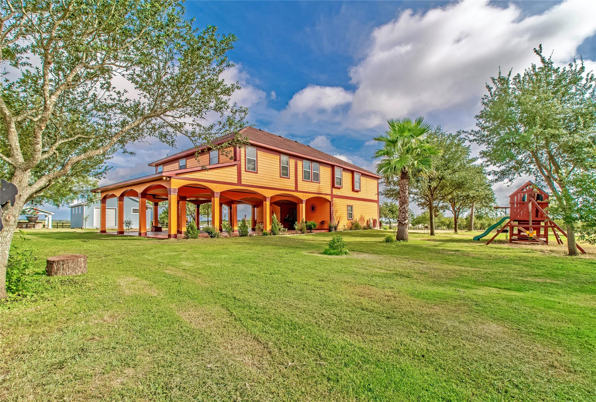 1078 Country 447 Road Property Photo - Waelder, TX real estate listing