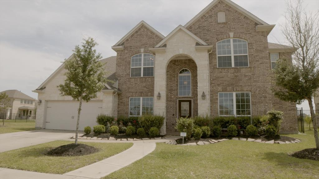 20303 Fossil Valley Lane Property Photo - Cypress, TX real estate listing