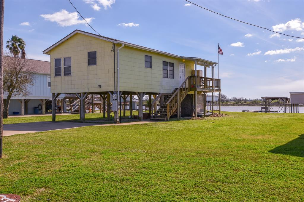 1268 Seagull Property Photo - Sargent, TX real estate listing