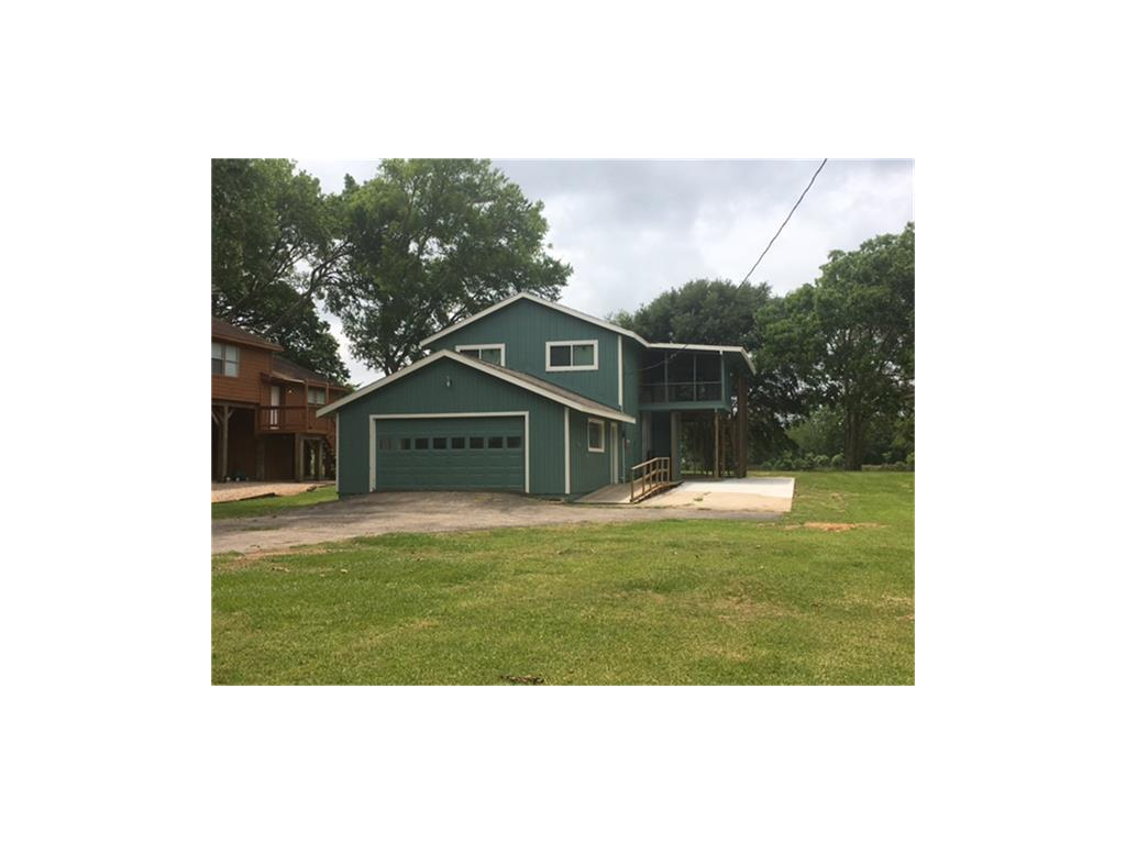 2108 CR 243 Property Photo - Bay City, TX real estate listing