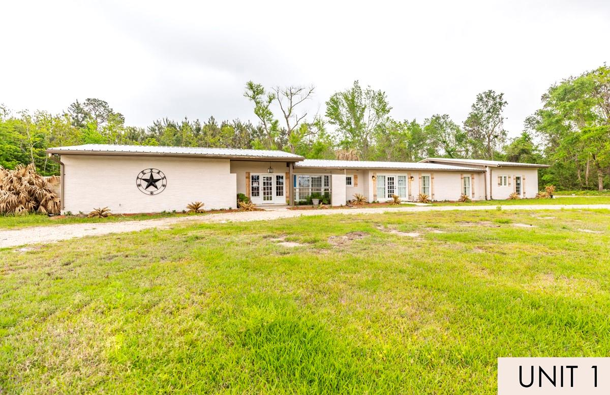 1835 Irving Street Property Photo - West Orange, TX real estate listing