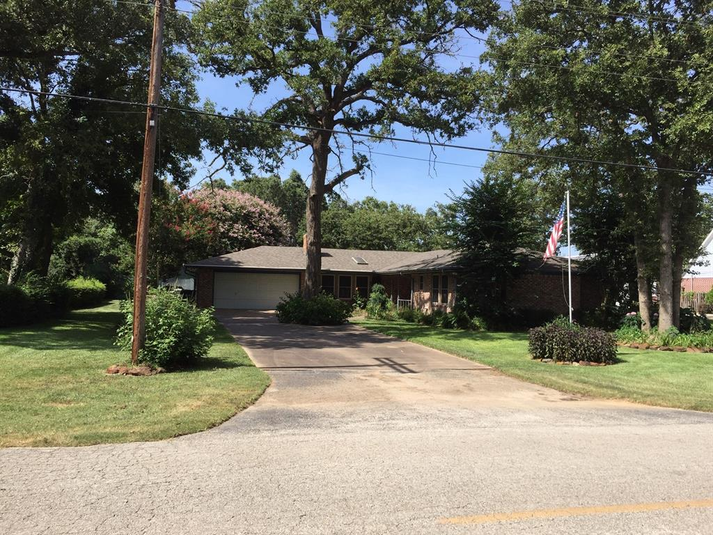 91 Golfview Drive Property Photo - Hilltop Lakes, TX real estate listing