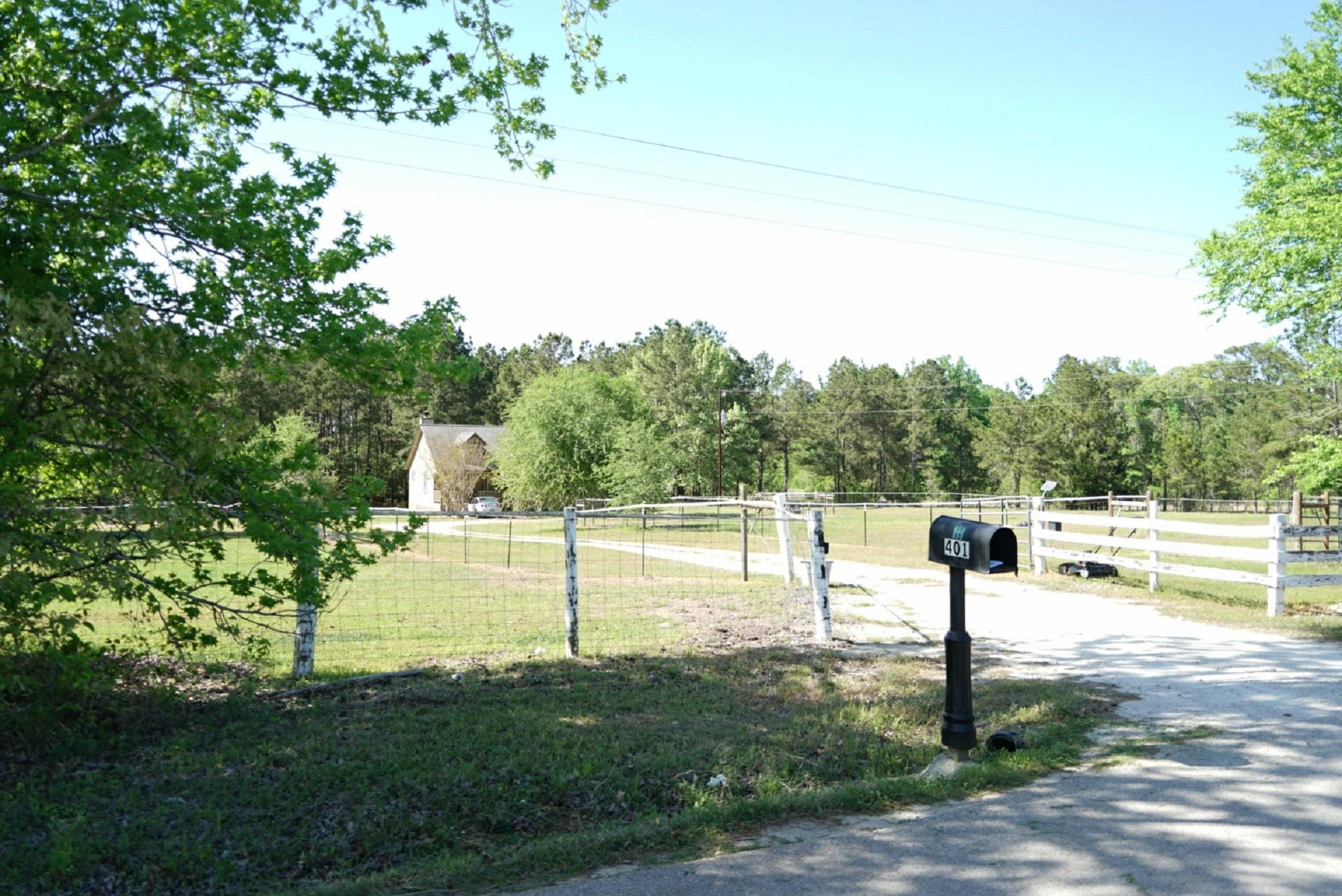 401 Counts Road Property Photo