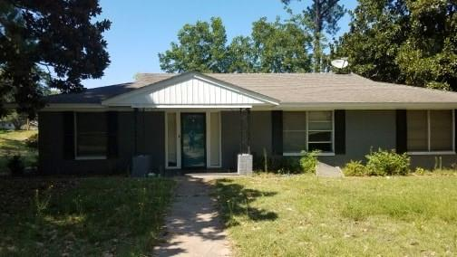 2100 Clubview Drive Property Photo - Tyler, TX real estate listing