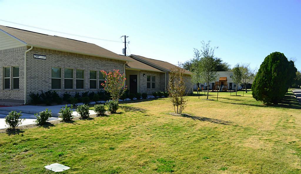 514 SE Gardens Property Photo - Burleson, TX real estate listing