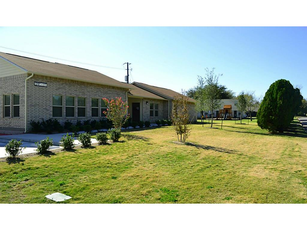 514 SE Gardens Property Photo - Burleson, TX real estate listing