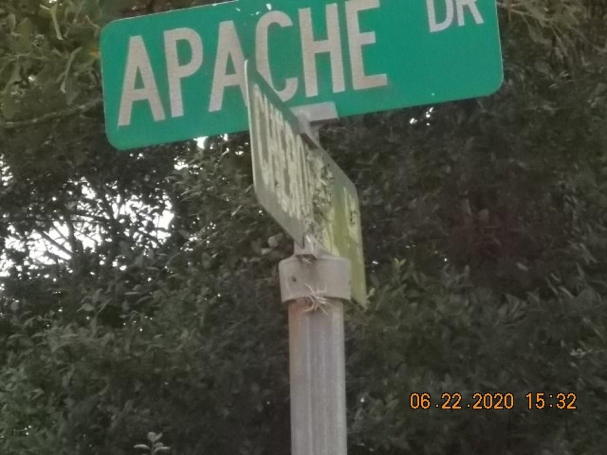 207 S Apache Drive S Property Photo